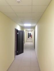 Первые арендаторы заезжают в новый складской комплекс.