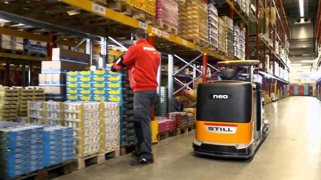 Роботизированный комплектовщик заказов показал себя в Штутгарте