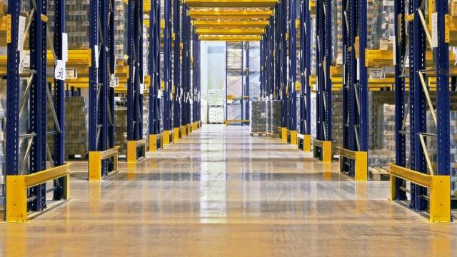 Ввод складов в регионах падает