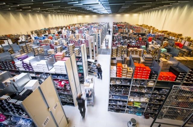 Интернет-магазины заинтересовались складами формата self-storage