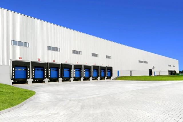 Влияние шага установки доковых ворот на производительность склада