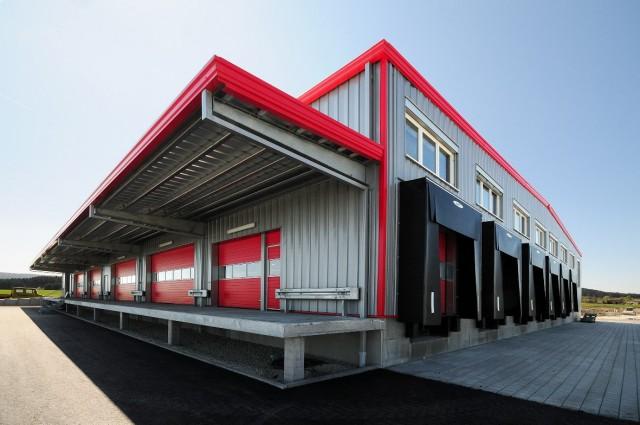 Особенности смены складского помещения